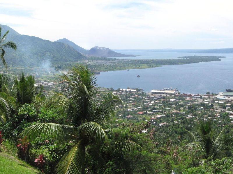 Rabaul Simpson Harbour pan 11-5-12.jpg